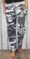 Dámské baggy, tepláky s lehce spadlým sedem - maskáčové šedo-bílé UNI velké L-XXXL