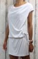 Dámské sportovní šaty, šaty spadlá ramena, šaty volný styl, bílé sportovní šaty, dámské volné šaty