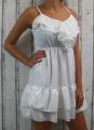 Dámské letní šaty, elegantní šaty, pohodlné šaty, bílé šaty, bílé elegantní šaty, bílé koktejlové šaty, šaty s volánem, šaty na ramínka